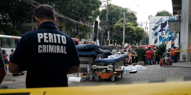 Polisen ska utreda vad som kan ha orsakat branden på sjukhuset i Rio de Janeiro. Leo Correa / TT NYHETSBYRÅN