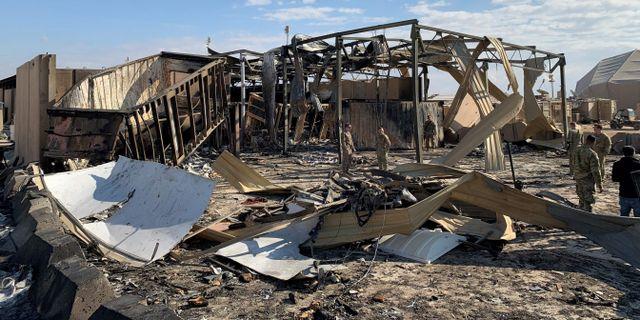 Basen fick stora skador i attacken. AYMAN HENNA / AFP