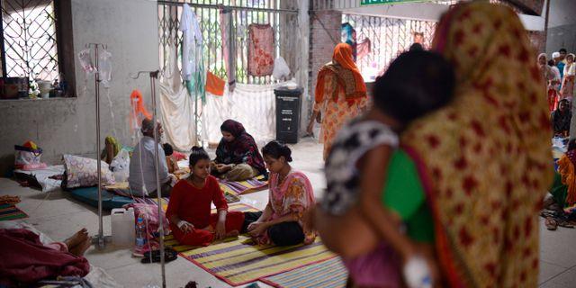 Patienter på ett sjukhus i Dhaka, Bangladesh. Mahmud Hossain Opu / TT NYHETSBYRÅN/ NTB Scanpix