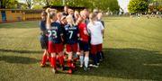 Fotbollsskola för ett flicklag. PETTER ARVIDSON / BILDBYRÅN