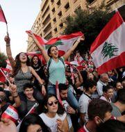 Protester i Beirut på söndagen. Hassan Ammar / TT NYHETSBYRÅN