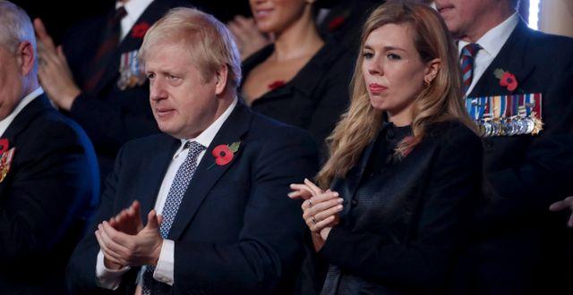 Boris Johnson med flickvännen Carrie Symonds. Chris Jackson / TT NYHETSBYRÅN