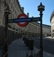 Folktomt på Regent Street i London igår. Alberto Pezzali / TT NYHETSBYRÅN