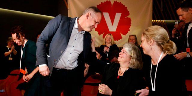 Partiledare Jonas Sjöstedt blir omvald till partiordförande på Vänsterpartiets kongress i Karlstad.  Linn Malmén/TT / TT NYHETSBYRÅN