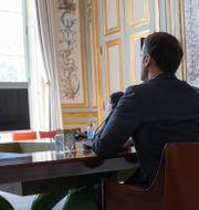 Emmanuel Macron under mötet Ian Langsdon / TT NYHETSBYRÅN