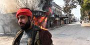 Soldat från de med Turkiet allierade syriska milisgrupperna i Afrin på söndagen. BULENT KILIC / AFP