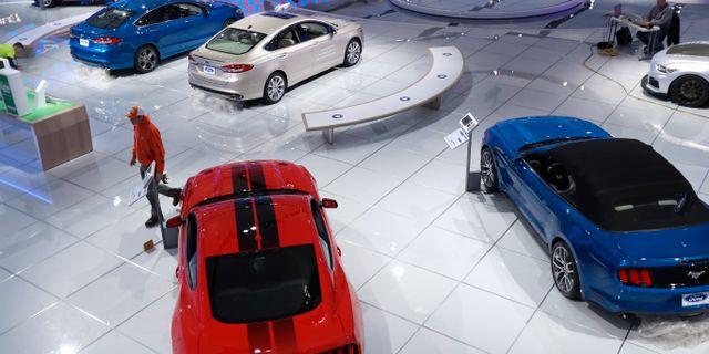 Översiktsbild över utställningsgolvet för North American International Auto show 2017. Carlos Osorio / TT / NTB Scanpix
