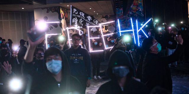 Protester i Hongkong.  PHILIP FONG / AFP
