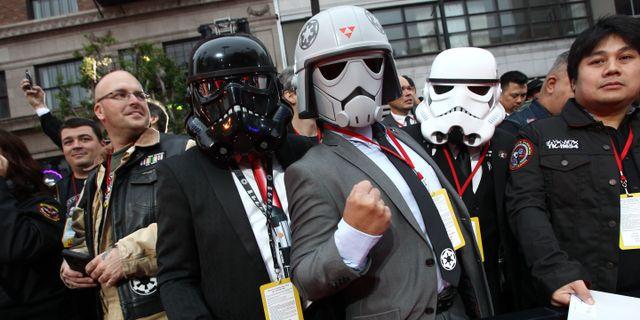 Bild från gårdagens världspremiär i Los Angeles. TOMMASO BODDI / AFP