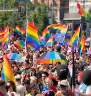Prideparad i Warszawa i Polen. Czarek Sokolowski / TT NYHETSBYRÅN