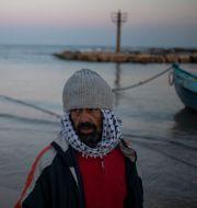 Fiskare som kallas Jumbo, i byn Jisr al-Zarqa i Israel Ariel Schalit / TT NYHETSBYRÅN