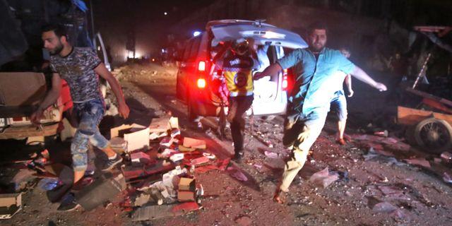 Marknaden i Maarat al-Numan utsattes för ett angrepp under natten mot idag.  ABDULAZIZ KETAZ / AFP