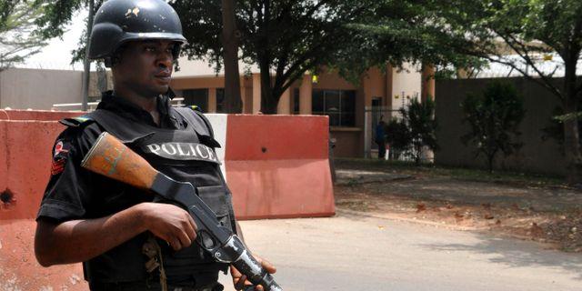 Polisen skjuter ihjal nigerianer