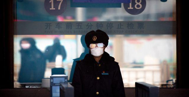 Nyligen Hemkomna I Peking Satts I 14 Dagars Karantan