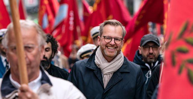 Inrikesminister Mikael Damberg under Socialdemokraternas 1:a majtåg på väg mot Folkets Park i Malmö. Johan Nilsson/TT / TT NYHETSBYRÅN