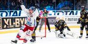 Oskarshamns John Dahlström jublar efter 2-0. JESPER ZERMAN / BILDBYRÅN