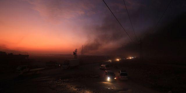 Syriska Ras al-Ain på onsdagskvällen. RODI SAID / TT NYHETSBYRÅN