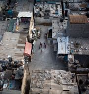 Palestinska flyktingar i flyktinglägret Jabaliya på Västbanken. Khalil Hamra / TT NYHETSBYRÅN