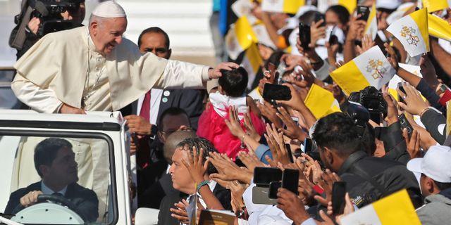 Påven under sitt besök i Abu Dhabi KARIM SAHIB / AFP