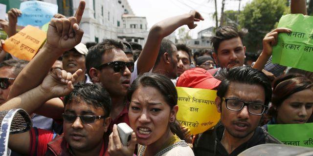 Stangning stoppad av protest