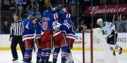 Rangers firar segern mot Dallas.  Seth Wenig / TT NYHETSBYRÅN/ NTB Scanpix