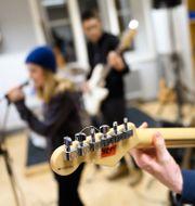 Elever på en kulturskola i Stockholm spelar musik.  Henrik Montgomery/TT / TT NYHETSBYRÅN