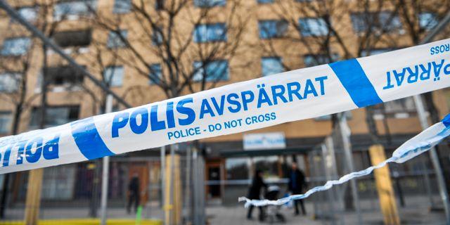 Polisavspärrning vid brottsplatsen Henrik Montgomery/TT / TT NYHETSBYRÅN