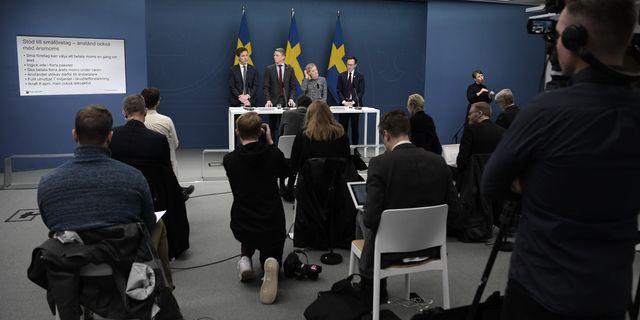 Näringsliv och opposition bör trycka på regeringen om en avvecklingsplan, skriver PM Nilsson. Foto: TT