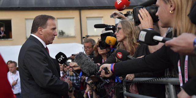 Statsminister Stefan Löfven anländer till Socialdemokraternas valvaka på Färgfabriken i Stockholm. Jonas Ekströmer/TT / TT NYHETSBYRÅN