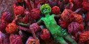 Holi är en av årets mest efterlängtade festivaler i Indien och den har blivit så populär att städer som London och Berlin tagit efter. Andy Basille