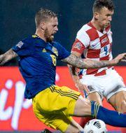 Arkivbild: Pontus Jansson och Kroatiens Ivan Perisic i samband med ett möte i Nations League 2020 Björn Larsson Rosvall/TT / TT NYHETSBYRÅN
