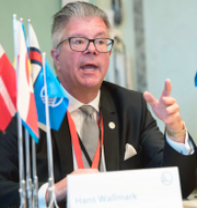 Hans Wallmark (M) och Per Olsson Fridh (MP). TT