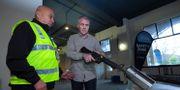 På lördagen kunde allmänheten lämna in vapen i Nya Zeeland.  DAVE LINTOTT / AFP