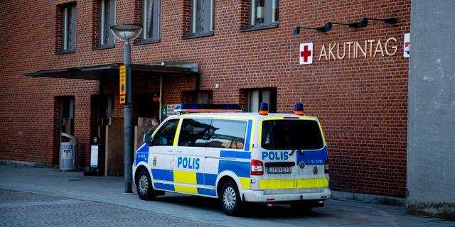 Ordningsvakter till sjukhus efter kraftigt vald man gripen