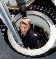 Frankrikes Emmanuel Macron i en av Naval Groups ubåtar. (2019) Ludovic Marin / TT NYHETSBYRÅN