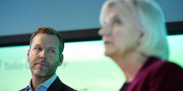 Telias vd och koncernchef Johan Dennelind och styrelseordförande Marie Ehrling. Janerik Henriksson/TT / TT NYHETSBYRÅN