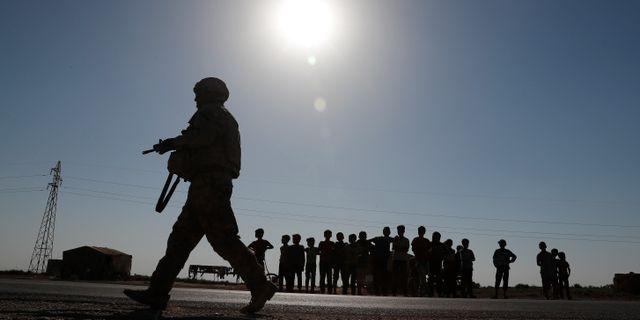 Illustrationsbild. En soldat i Raqqa i Syrien.  Hussein Malla / TT / NTB Scanpix