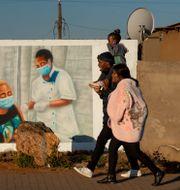 Familj i Johannesburg, Sydafrika/Arkivbild Themba Hadebe / TT NYHETSBYRÅN