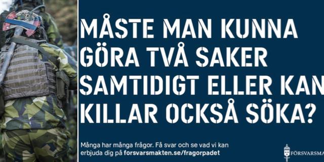 Den aktuella reklamskylten samt arkivbild från Haninge garnison. TT/Försvarsmakten.