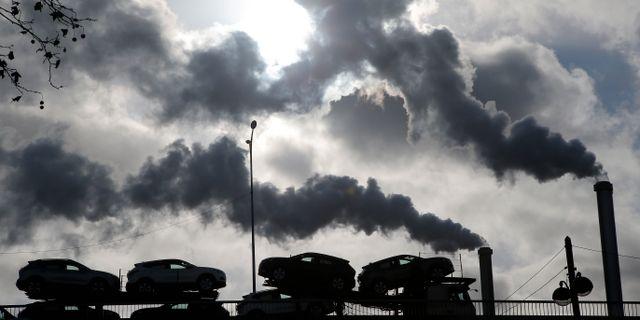 Illustrationsbild: Rök från en fabrik. Michel Euler / TT NYHETSBYRÅN