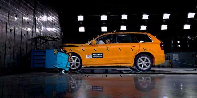 Volvo Cars testar bil.