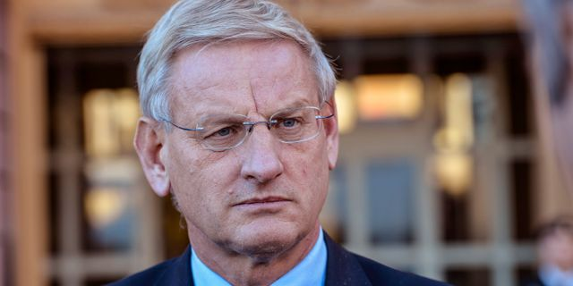 Carl bildt gront ljus for sverige