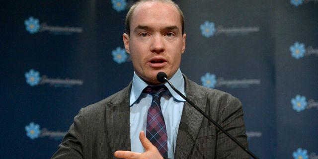 Kent Ekeroth talar under Sverigedemokraternas landsdagar 2013. JANERIK HENRIKSSON / TT / TT NYHETSBYRÅN