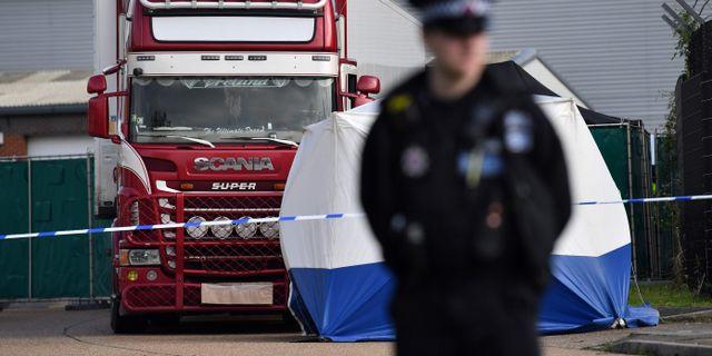 39 personer hittades döda i en lastbil utanför London i oktober.  BEN STANSALL / AFP