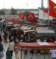 Eminonu-torget i Istanbul/Arkivbild Emrah Gurel / TT NYHETSBYRÅN