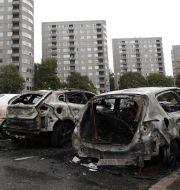 Några av de utbrunna bilarna i Frölunda Adam Ihse/TT / TT NYHETSBYRÅN