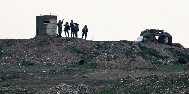 Stridande i YPG-milisen. Ugur Can / TT NYHETSBYRÅN