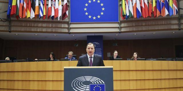 Statsminister Stefan Löfven talar i EU-parlamentet i Bryssel. Arkivbild. TT