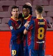 Ansu Fati klappas om i den vänstra bilden. Luka Modric firar i den högra.  Bildbyrån.
