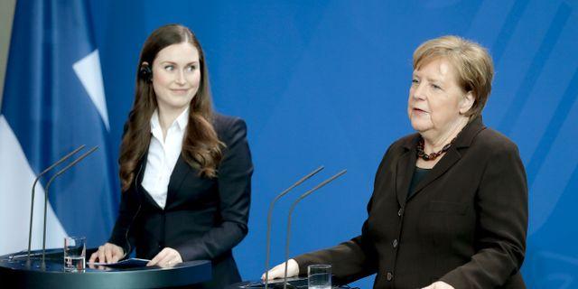 Sanna Marin och Angela Merkel. Michael Sohn / TT NYHETSBYRÅN